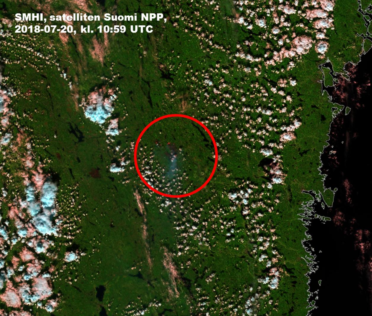 Karta Over Skogsbrander I Sverige.Satellitbilder Visar Brander Och Brandrok Smhi