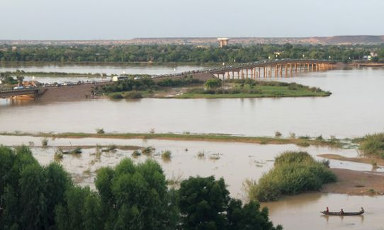 Medium flooding in the Niger River