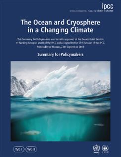 Framsidan på IPCC-rapporten om Haven och kryosfären med bild på isberg