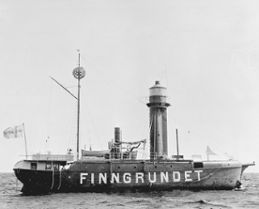 Measurements were taken by the lightship Finngrundet over various periods between 1860 and 1969.  Ph