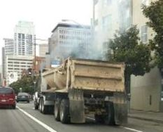 Older heavy duty vehicles are important contributors to PM and BC pollution in Brazilian cities.